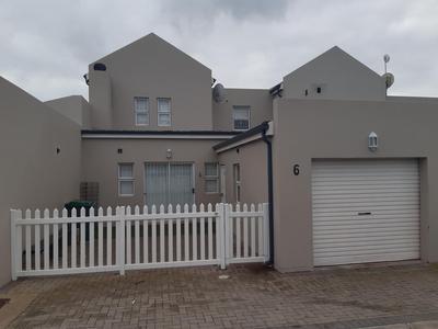 Duplex For Sale in Villa Diamante, Langebaan