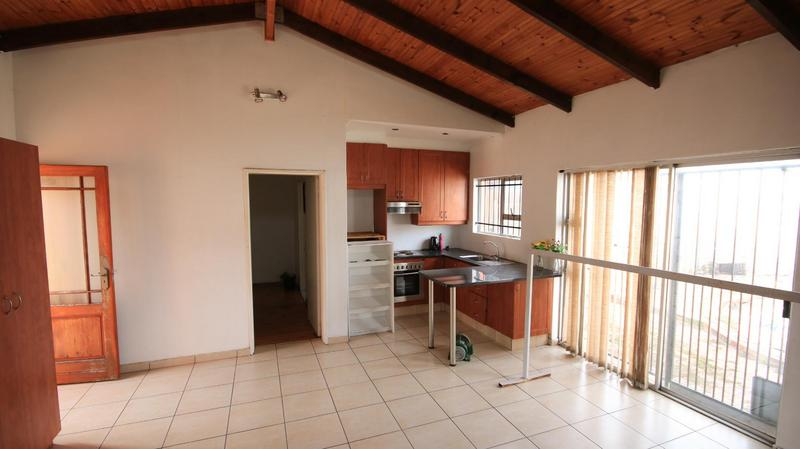 House For Sale in Morgenster, Cape Town